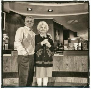 """""""Nonna"""" Carmela nel 1953 aprì la storica Discoteca Laziale"""
