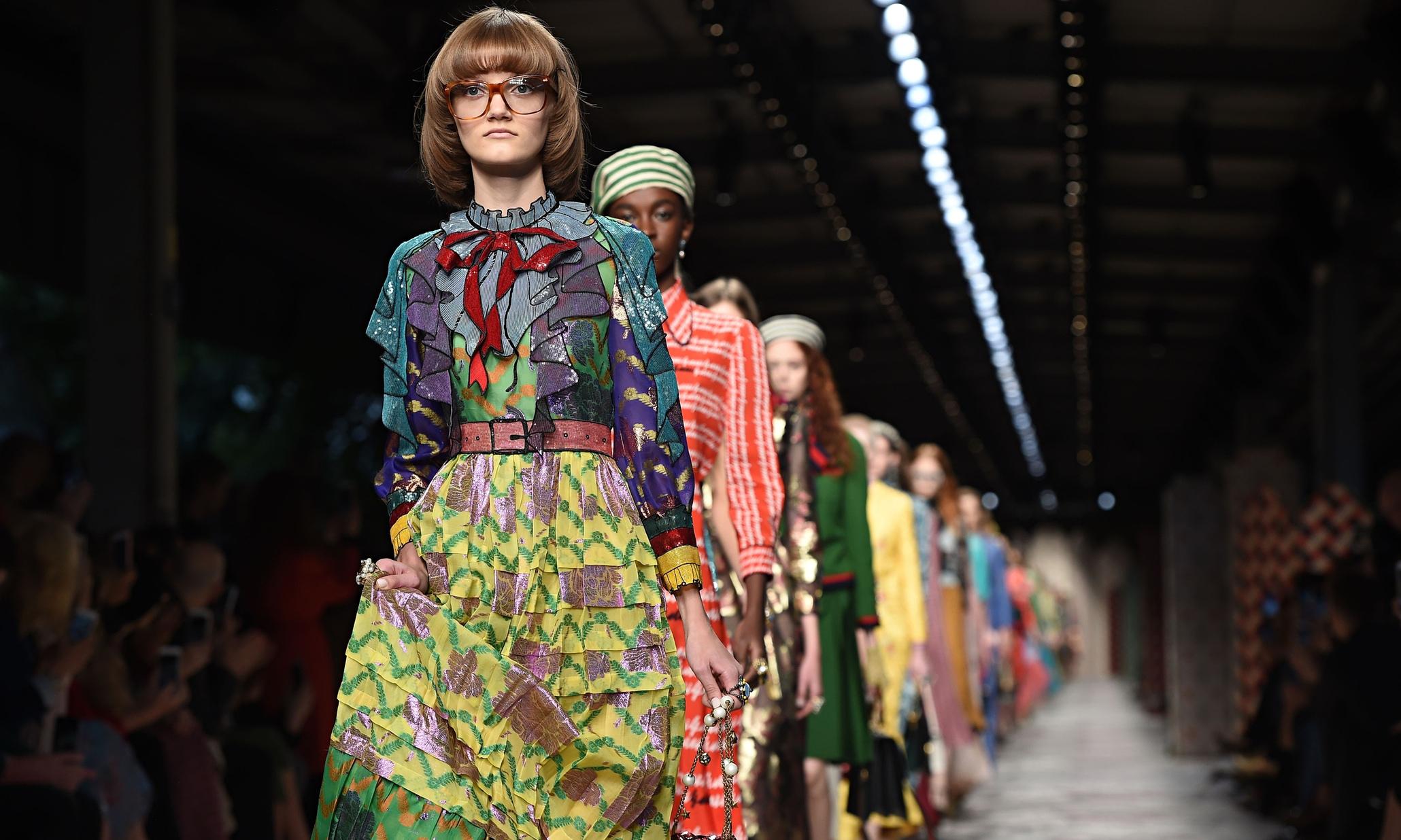 Sfilata Gucci F/W 2016 moda genderless