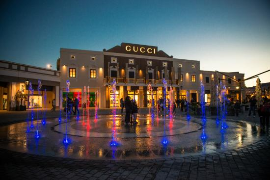 Outlet in Italia: lo shopping per tutte le tasche - Snap Italy