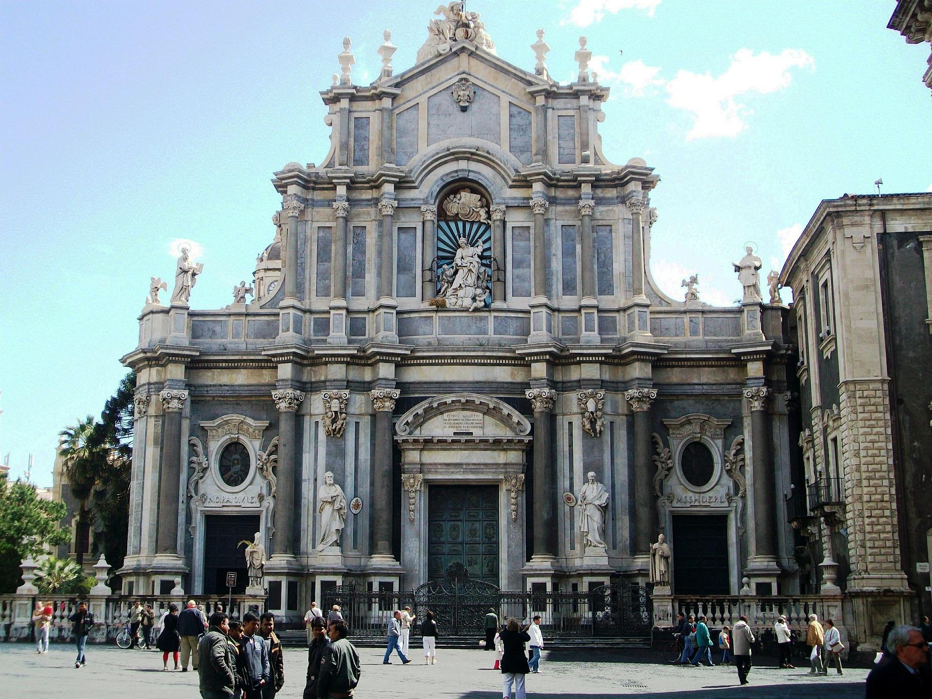 Dove mangiare a Catania: tour enogastronomico della ...