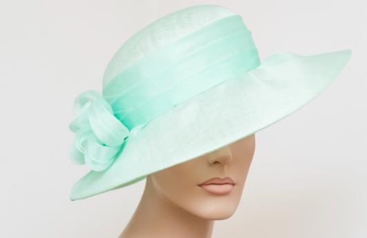 Cappelli da cerimonia  come abbinarli e dove comprarli - Snap Italy 174209802c13