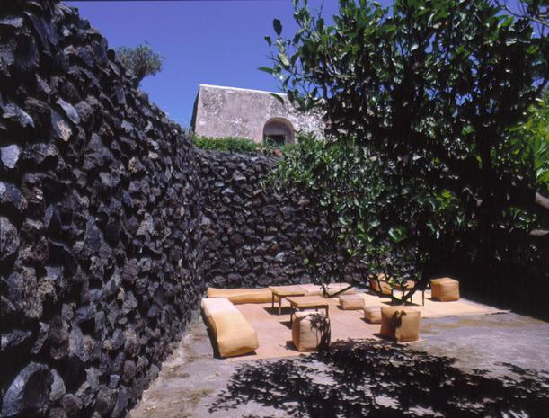 Case Di Pietra Pantelleria : Dammusi di pantelleria abitazioni tradizionali esempi di