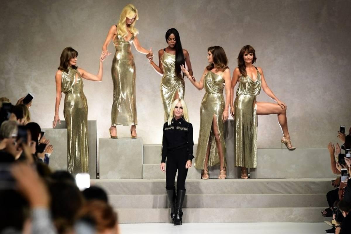 Sfilata di moda  i 10 momenti più indimenticabili della moda italiana 7dcd29646e15