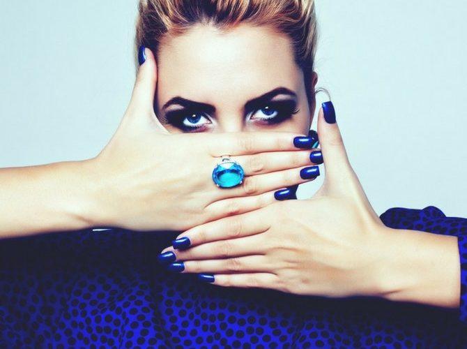 colore blu