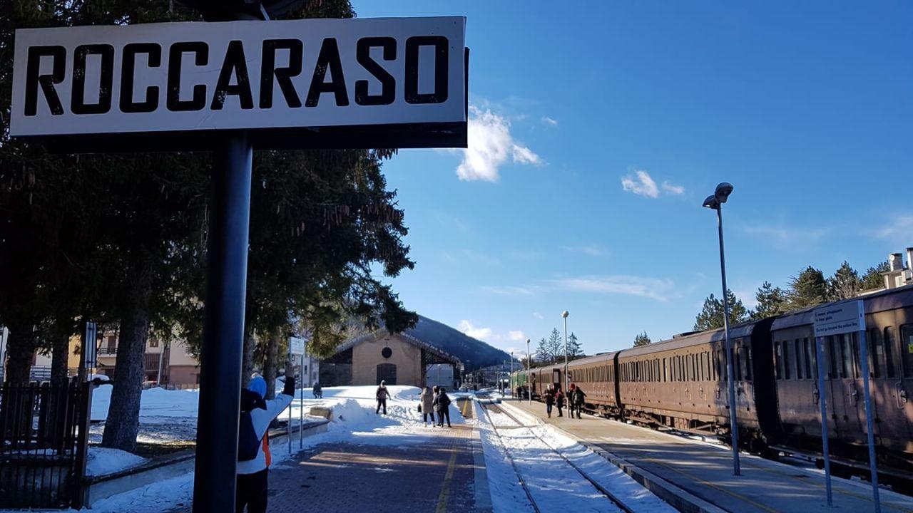 Transiberiana Dabruzzo Calendario 2020.Treno Della Neve Un Viaggio D Epoca Tra Roma E Roccaraso