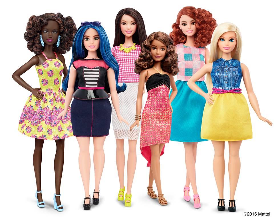 new style e6f6b 23835 Vestiti di Barbie: 60 anni di moda made in Italy - Snap Italy
