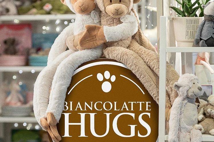 Biancolatte Hugs