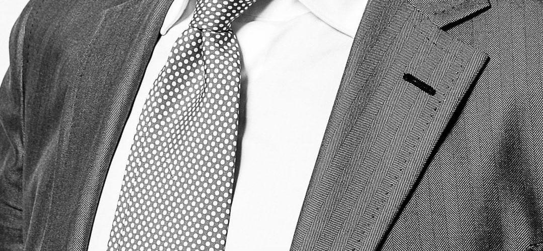 Indossare la cravatta